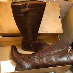 Born riding boot, leather 8.5 women's wide calf.